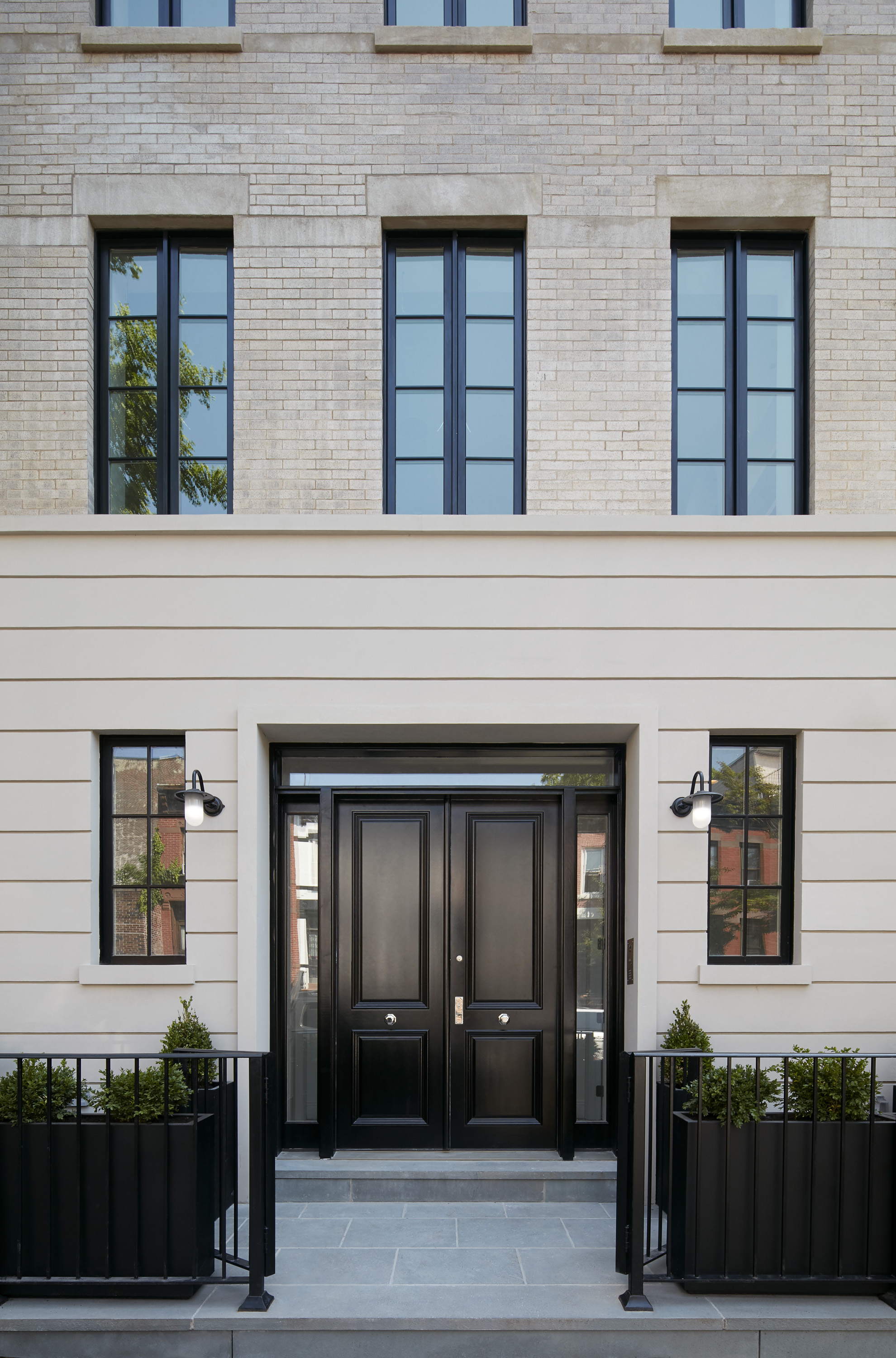 tbhco 1706 56garfieldplace 718 hires